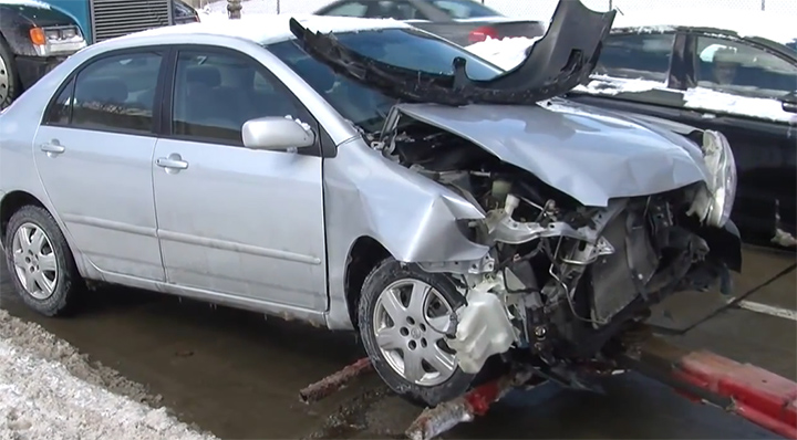 Driver blames snow clogged LED traffic light for crash in Cleveland
